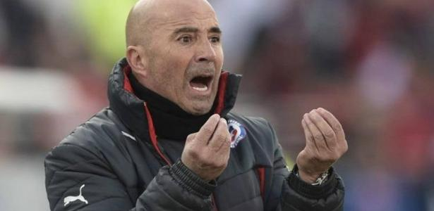 Sampaoli comandou seleções de Chile e Argentina antes de fechar com o Santos - AFP