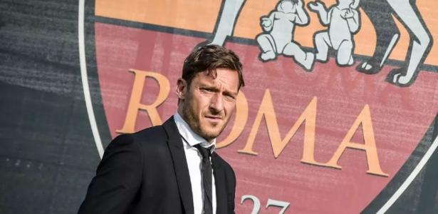 Totti jogou profissionalmente pela Roma entre 1993 e 2017