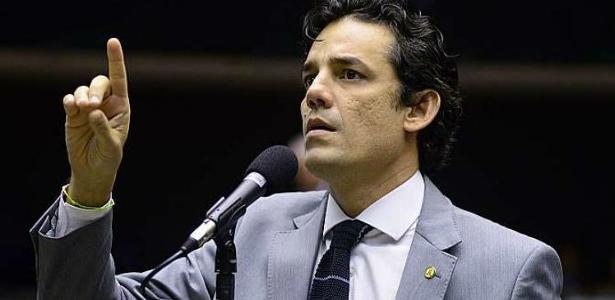 """O deputado federal Daniel Coelho é o líder dos """"cabeças-pretas"""", do PSDB"""