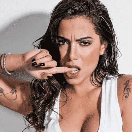 """Anitta declarou que deixa o ciúme """"comer por dentro"""" - Divulgação"""