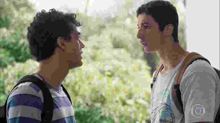 Guga (Pedro Alves) e Beto (John Buckley) de Malhação - Toda Forma de Amar (Reprodução/TV Globo) - Reprodução/TV Globo