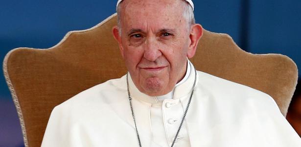Desafeto do Papa na Igreja critica declaração sobre gays