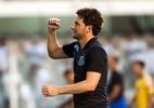 Renato sugere Elano para base do Santos, que avalia negócio