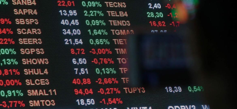 Ibovespa fecha acima de 119 mil pontos pela 1ª vez com desforra dos bancos - Amanda Perobelli/Reuters