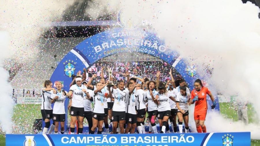 Corinthians faturou Campeonato Brasileiro Feminino 2020: edição de 2021 terá transmissão do Grupo Globo no SporTV - Divulgação/Corinthians