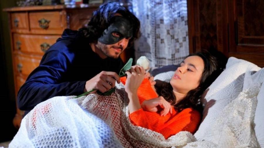 Daniel Andrade e Naiumi Goldoni como Miguel e Gabriela em Chiquititas (Divulgação / SBT) - Reprodução / Internet