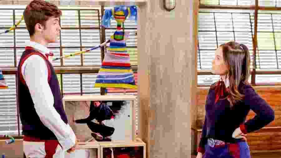 Luca (João Guilherme) e Mirela (Larissa Manoela) em As Aventuras de Poliana (Reprodução/SBT). - Luca (João Guilherme) e Mirela (Larissa Manoela) em As Aventuras de Poliana (Reprodução/SBT).