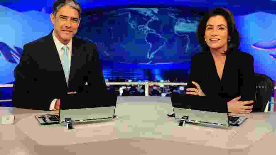 """William Bonner e Renata Vasconcelos na bancada do """"Jornal Nacional"""" - Divulgação/TV Globo"""