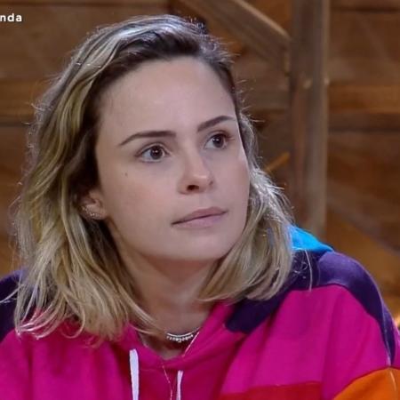 """Ana Paula Renault em """"A Fazenda 10""""; jornalista está processando Evandro Santo e Nadja Pessoa - Ana Paula Renault  (Foto: Reprodução/ Record TV)"""