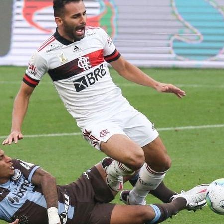 Thiago Maia, volante do Flamengo: cirurgia - GettyImages