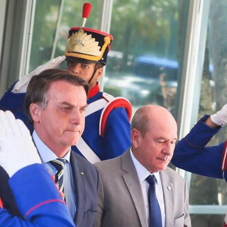 O ex-ministro Fernando Azevedo e Silva com o presidente Jair Bolsonaro - Antonio Cruz/Agência Brasil