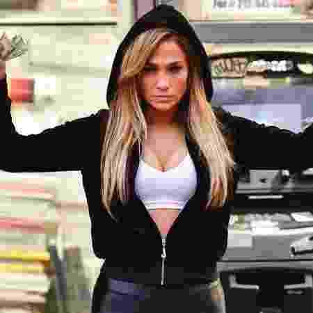 Jennifer Lopez em cena como striper de As Golpistas - Divulgação/Diamond Films