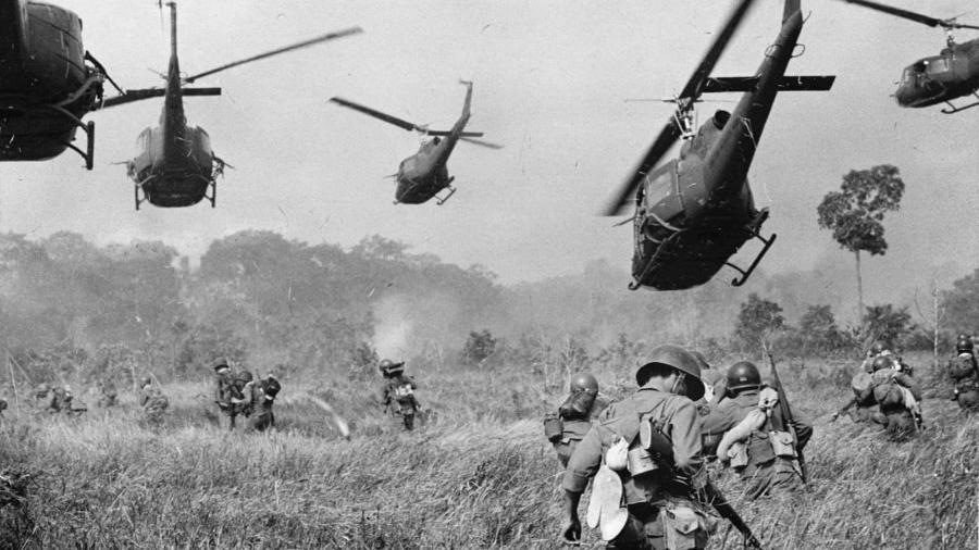 Multinacionais que produziram agente laranja usado na guerra do Vietnã podem ser condenadas por ecocídio - Malcolm Browne