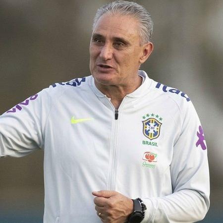 Tite em ação pelo Seleção Brasileira - GettyImages