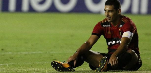 Diego Souza aceitou fechar com o São Paulo, mas precisa tratar com o Sport