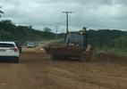 PE-60, no Litoral Sul de Pernambuco, acumula lama em vários trechos - Foto: Cortesia