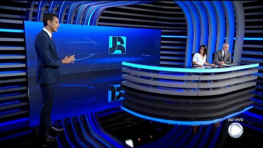 """""""Jornal da Record"""" ganhou cenário """"espacial"""" - Reprodução"""