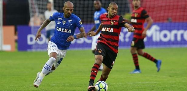 Volante Jair disputou 13 partidas pelo Sport e marcou dois gols - Diego Nigro/JC Imagem