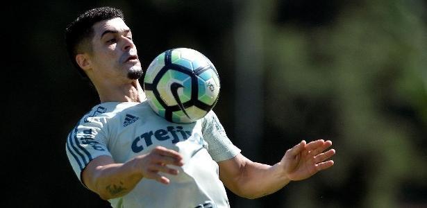 Egídio pode retornar ao Cruzeiro no início da temporada para substituir Diogo Barbosa