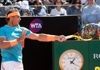 Nadal aplica forehand incrível na paralela e deixa Djokovic parado; assista - (Sem crédito)