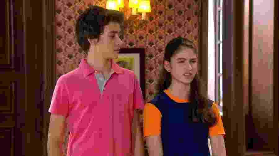 Mili (Giovanna Grigio) e Duda (Filipe Bragança) em cena de Chiquititas (Reprodução / SBT) - Reprodução / Internet