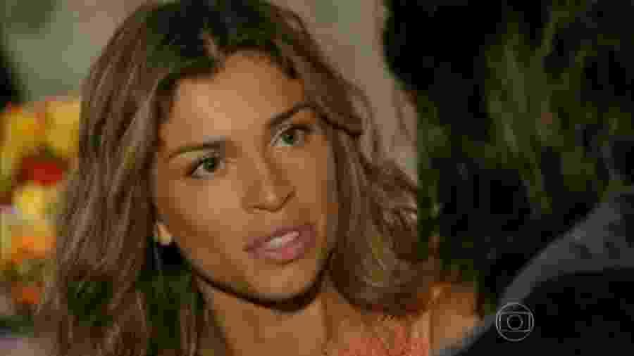 Ester (Grazi Massafera) e Alberto (Igor Rickli) em Flor do Caribe (Reprodução/TV Globo). - Reprodução / Internet