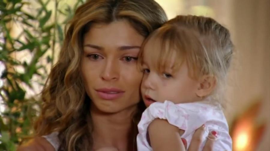 Ester e Laurinha, de Flor do Caribe (Reprodução/Globo) - Reprodução / Internet