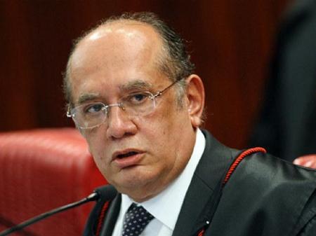Gilmar Mendes chama Bolsonaro de 'ridículo' por atiçar invasão de hospitais  - 14/06/2020 - UOL Notícias