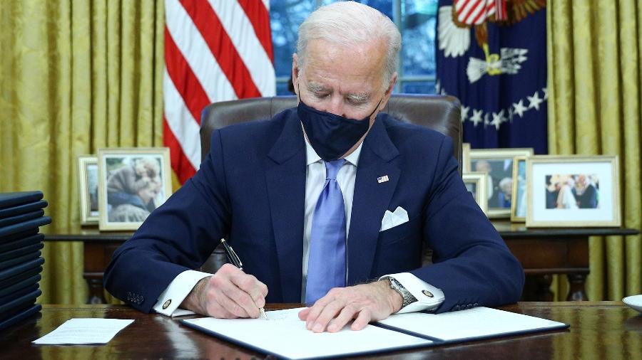 Biden prevê atrasos nas negociações de ajuda financeira para a pandemia - Tom Brenner/Reuters