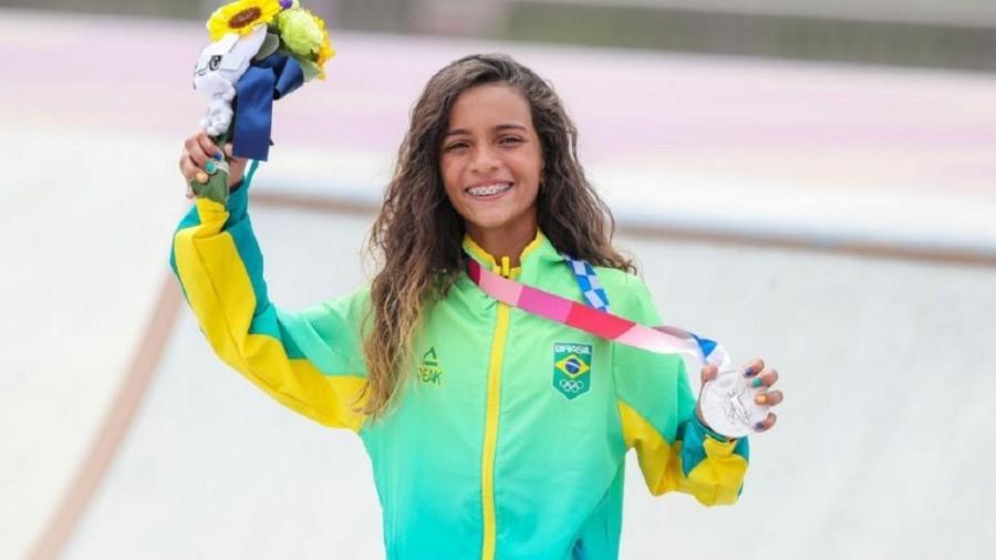Rayssa Leal, a skatista brasileira ganhadora da medalha de Prata Em Tóquio aos 13 anos de idade. Foto: Wander Roberto/COB - Reprodução / Internet