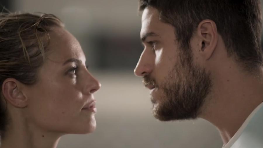 Jeiza (Paolla Oliveira) e Zeca (Marco Pigossi) de A Força do Querer (Reprodução - TV Globo) - Reprodução / Internet