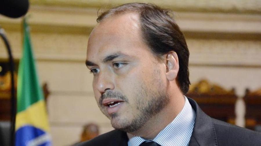 Não importa de quem é filho, diz senador sobre Carlos Bolsonaro na CPI - Reprodução / Internet