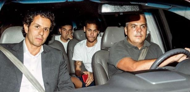 Processo inteiro de cirurgia de Neymar durou pouco mais de 2h