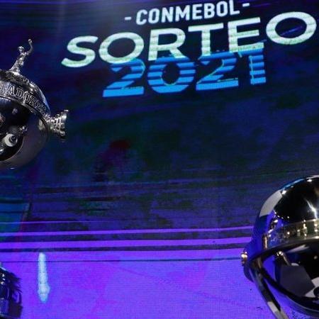 Taças da Libertadores e da Copa Sul-Americana - GettyImages