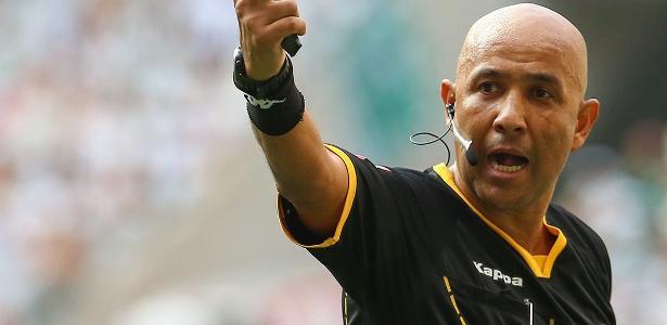 Mais recente polêmica de arbitragem envolveu Marcelo Aparecido na final do Paulista