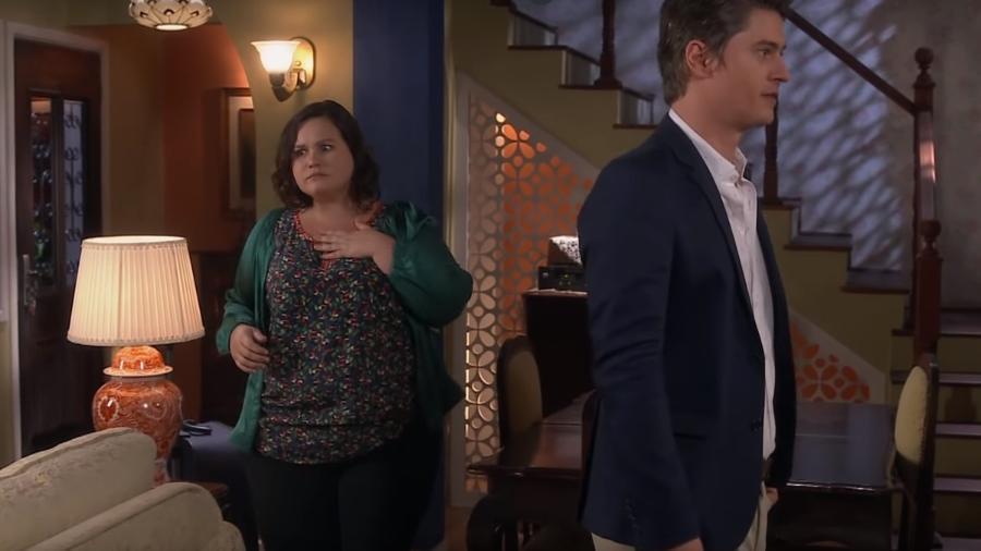 Nanci se espanta com a presença de Waldisney em sua casa (Reprodução: SBT) - Nanci se espanta com a presença de Waldisney em sua casa (Reprodução: SBT)