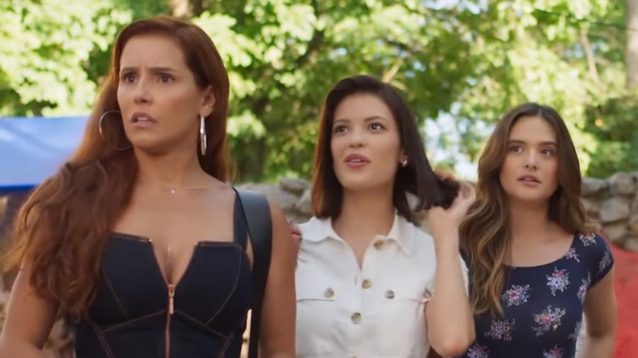 Alexia (Deborah Secco) Kyra (Vitória Strada) e Luna (Juliana Paiva) em Salve-se Quem Puder (Reprodução/TV Globo). - Reprodução/TV Globo