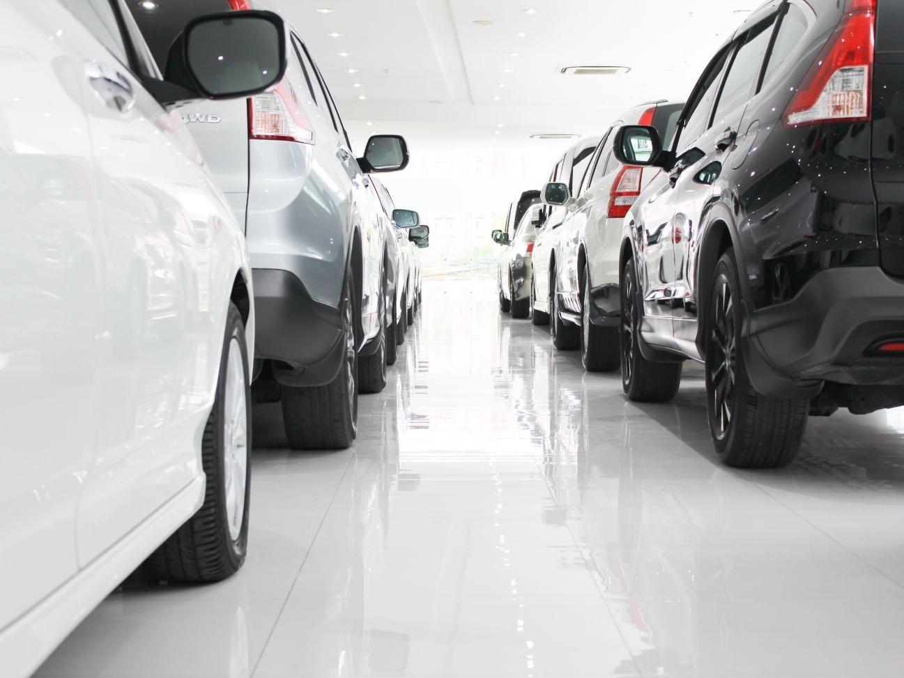 Por que carros estão tão caros no Brasil e devem ficar ainda mais