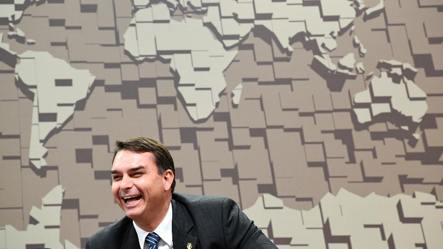 O senador Flávio Bolsonaro, que encabeça a proposta de redução de maioridade penal, em sessão de 2019  - Pedro França/Agência Senado