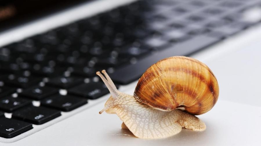 Computador lento pode ser problema na máquina ou na conexão -