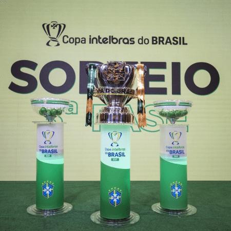 Troféu da Copa do Brasil: CBF divulgou calendário da terceira fase - Thais Magalhães/CBF