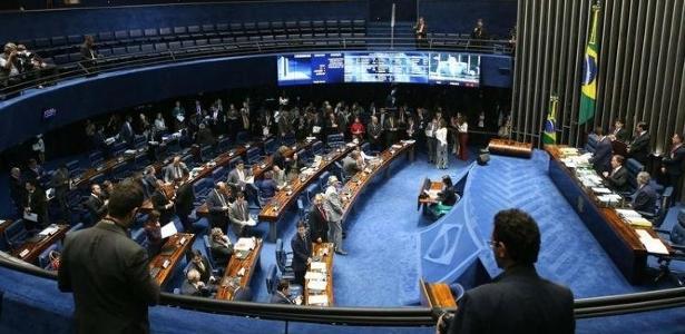 O plenário do Senado, que tenta mudar as regras para financiamento das eleições - Antônio Cruz/Agência Brasil