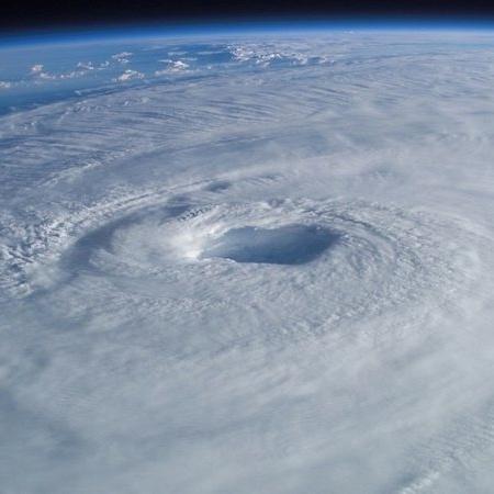 Imagem aérea ilustrativa de um ciclone - Pixabay