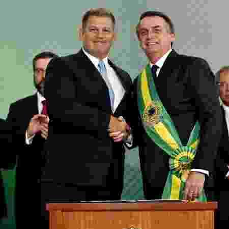 Crise com Bebianno (esq.) mostra falta de liderança de Bolsonaro, diz Dino - Rafael Carvalho/governo de Transição