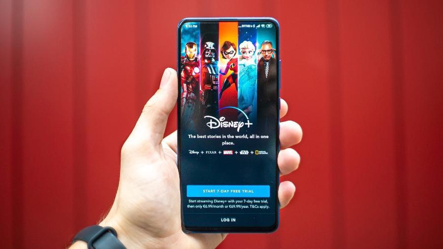 Crescimento do Disney+ decepciona mercado - Imagem: Mika Baumeister/Unsplash