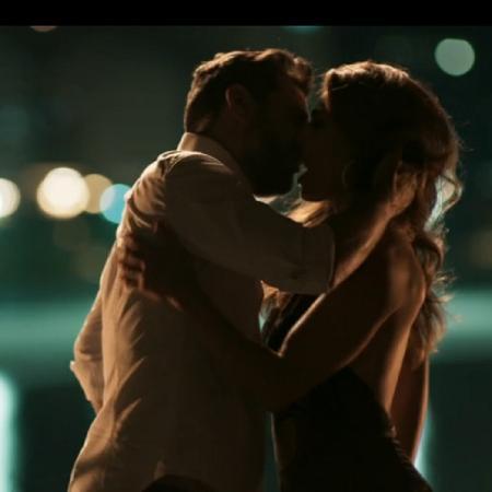 Caio (Rodrigo Lombardi) e Bibi (Juliana Paes) em A Força do Querer (Foto: Reprodução/Globo) - Reprodução / Internet