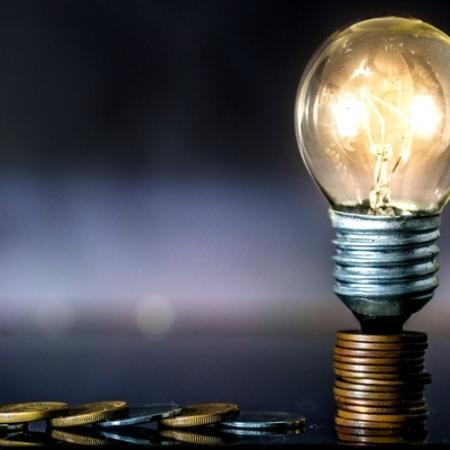 Secretários pediram a suspensão de cortes de energia de comércios à Aneel - Getty Images