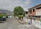 Idosa é agredida a pedradas no Rio devido a intolerância - Google Street View