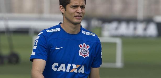 Corinthians recuou em desejo de adquirir Anderson Martins