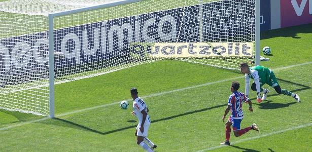 Em 2017, atacante marcou quatro gols no Bahia, três em um só jogo - Marcelo D. Sants/Framephoto/Estadão Conteúdo